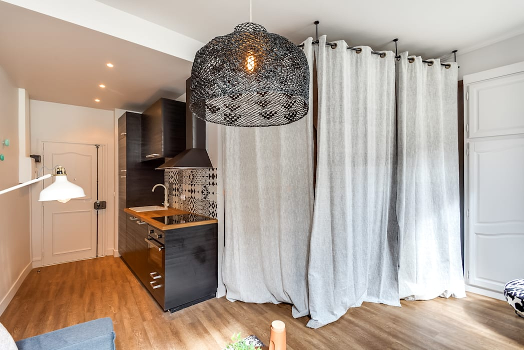Scandinavian style bedroom by blackStones Scandinavian