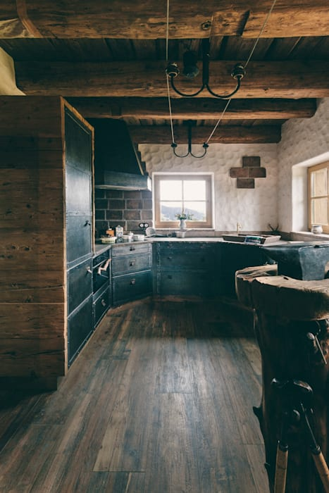 Kitchen by METAL INTERIOR, Industrial Metal