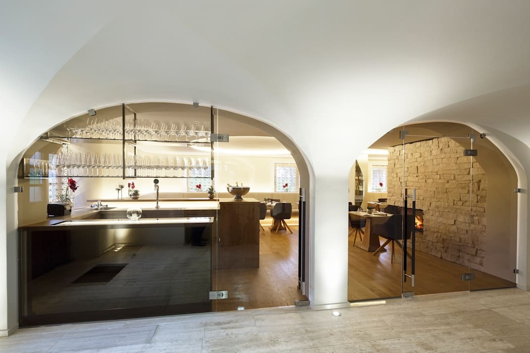 Golden Light Bar & Klub Modern