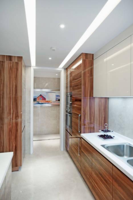Metropolitan Heights | High-End Apartment by London 現代廚房設計點子、靈感&圖片 根據 homify 現代風