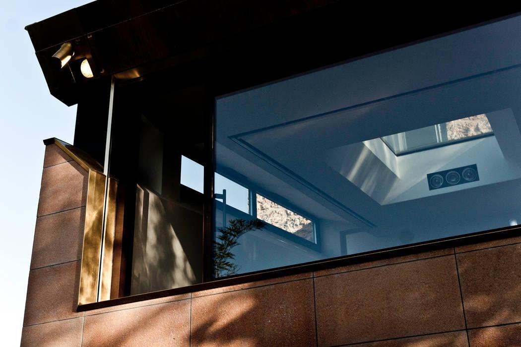 Façade jardin: Fenêtres de style  par Ket-Chup