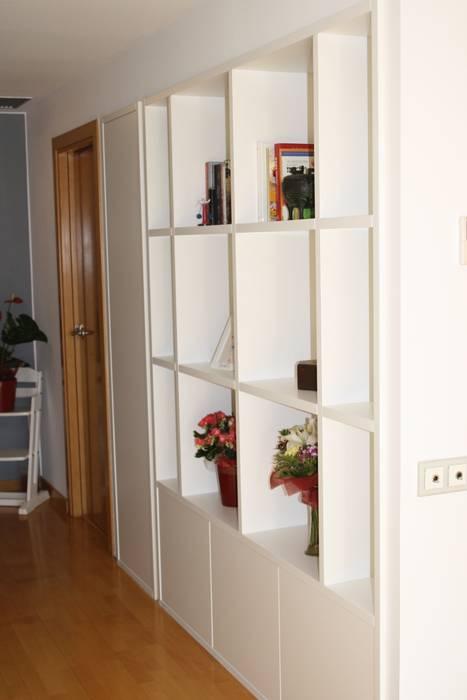 Reforma cocina integral el antes y el despues Paredes y suelos de estilo moderno de ROIMO INTEGRAL GRUP Moderno