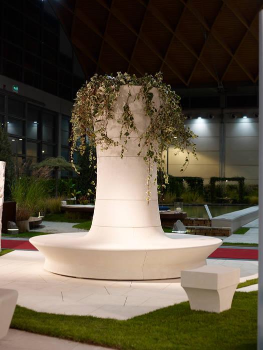 Sengio: Giardino in stile in stile Moderno di PEOTTA ARMANDO SRL