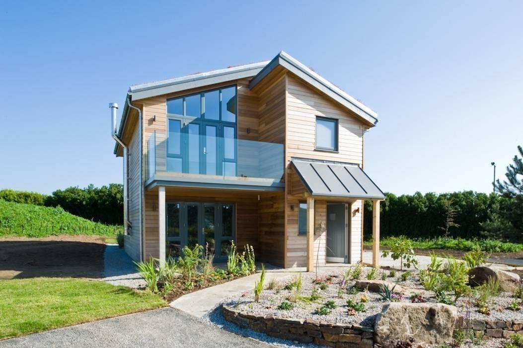 Take Off, Una St Ives Balcone, Veranda & Terrazza in stile moderno di iroka Moderno