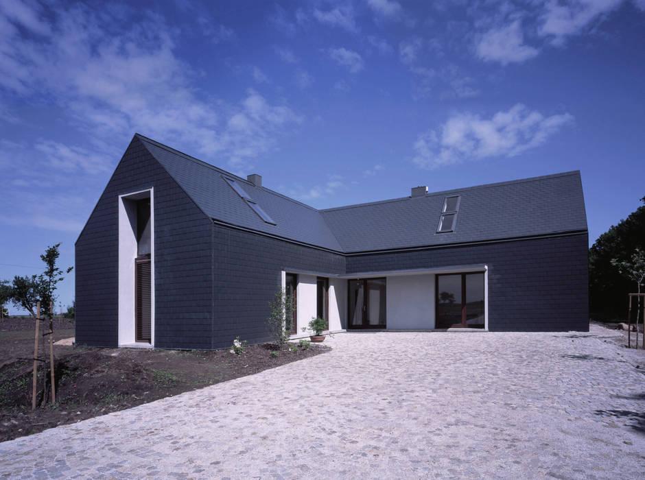 Moderne Häuser von PAG Pracownia Architektury Głowacki Modern