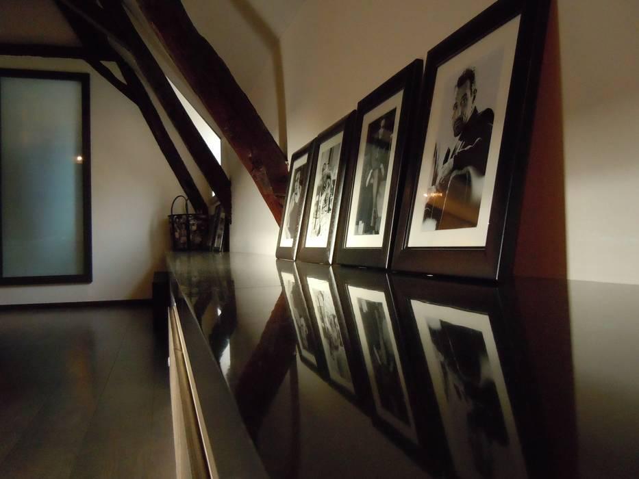 banc de rangement: Bureau de style  par Emilie Bigorne, architecte d'intérieur CFAI