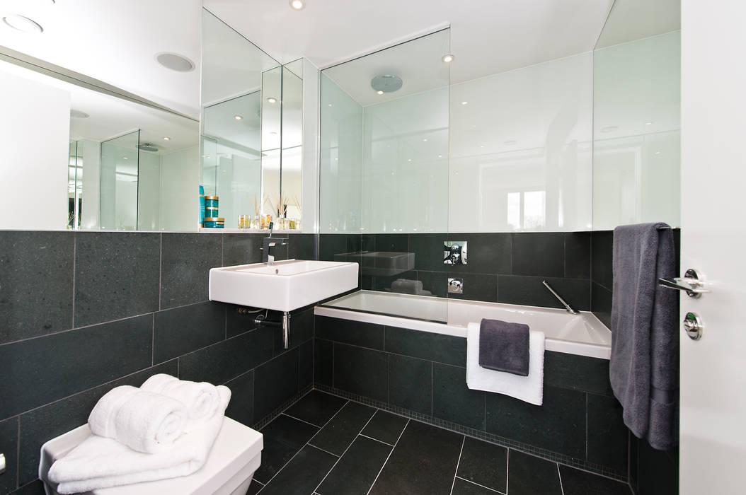 Bathroom In:Style Direct Moderne Badezimmer