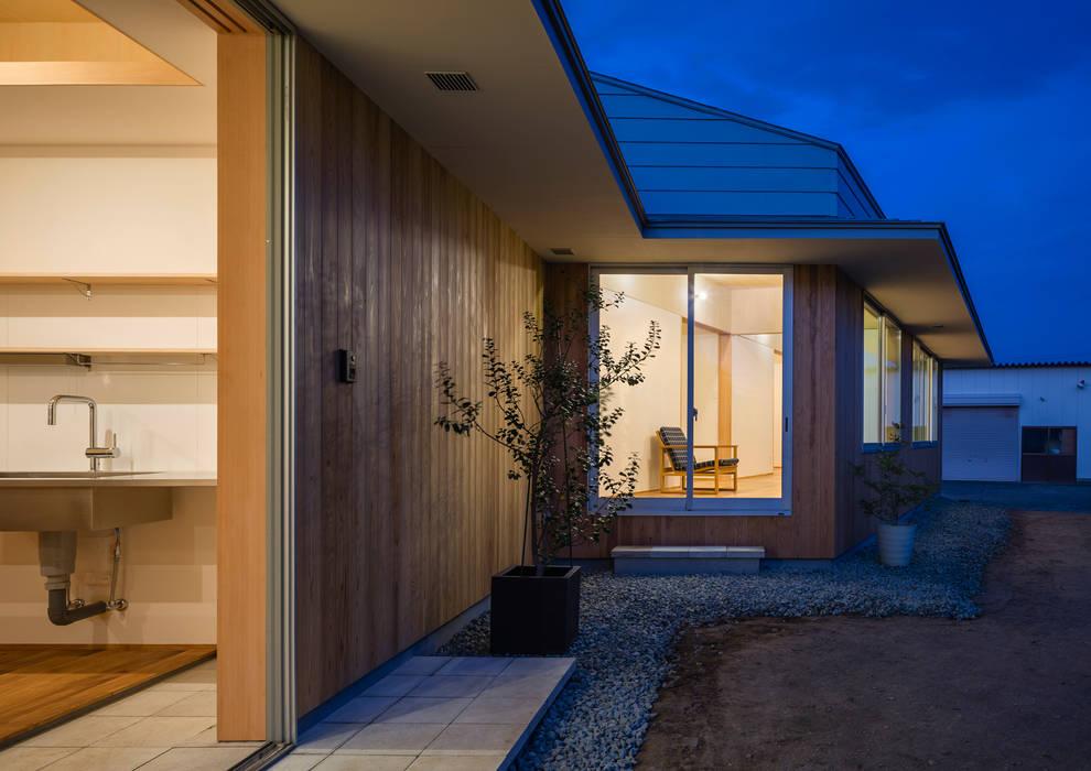 Maisons originales par 矢内建築計画 一級建築士事務所 Éclectique