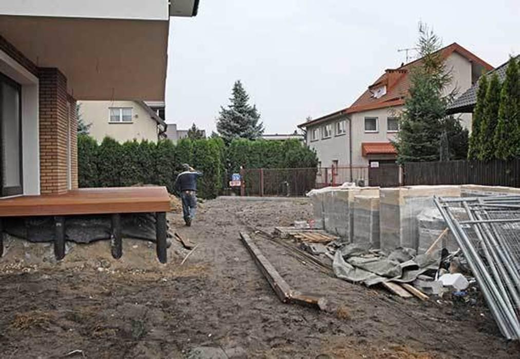 tuż po budowie od Autorska Pracownia Architektury Krajobrazu Jardin Nowoczesny