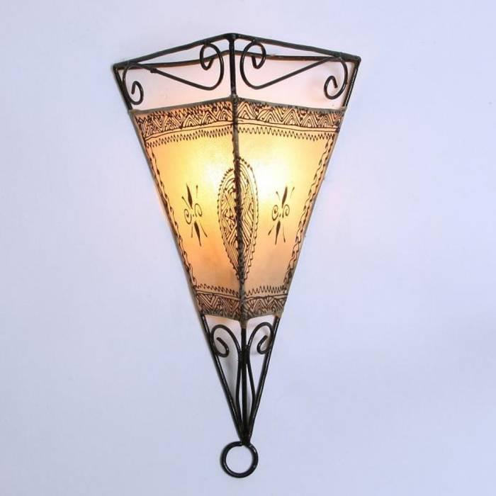 Skórzana lampa ścienna EMRAH naturalna: styl , w kategorii Miejsca na imprezy zaprojektowany przez DomRustykalny.pl
