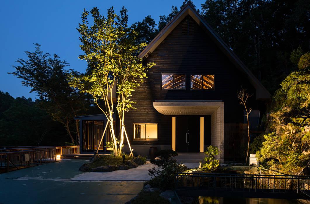 外観夕景 の 一級建築士事務所シンクスタジオ