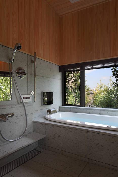TAMAI ATELIER Modern style bathrooms