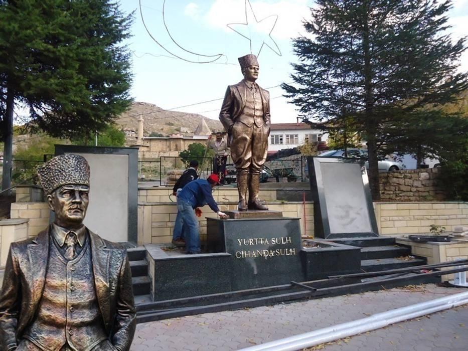 Kentform Tasarım Sanat Atölyesi – Atatürk Anıt-Heykel Çalışması Kalpaklı Model:  tarz Sergi Alanları, Modern