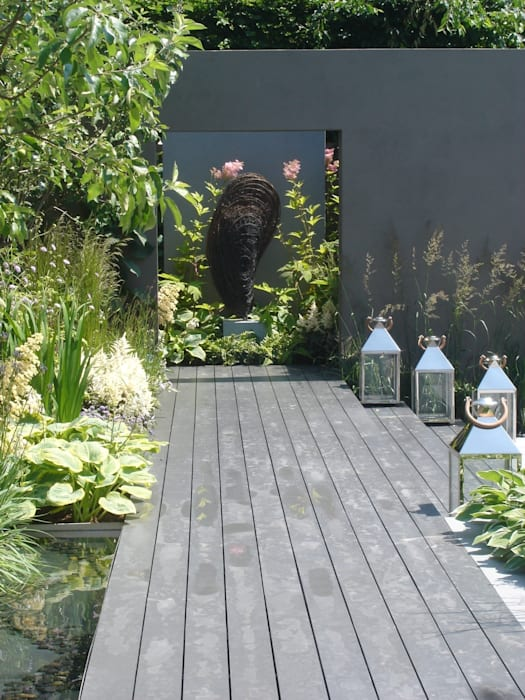 Moule Mediterranean style garden by Rupert Till Mediterranean