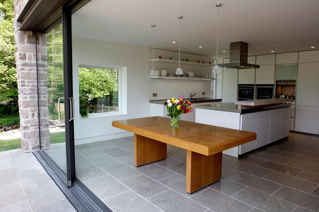 Veddw Farm, Monmouthshire Cuisine moderne par Hall + Bednarczyk Architects Moderne