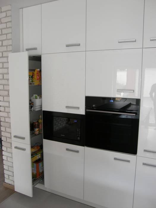 Nowoczesne białe meble kuchenne Nowoczesna kuchnia od FILMAR meble Nowoczesny