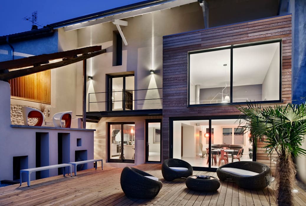 Maison de Village Maisons modernes par Lautrefabrique Moderne