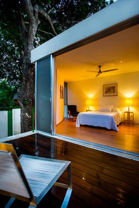 Balkon, Beranda & Teras Modern Oleh Taller Estilo Arquitectura Modern