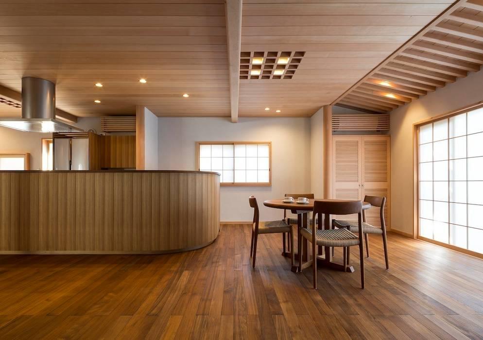 松井建築研究所 Eclectic style living room