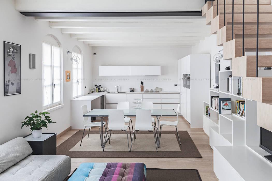 Appartamento a verona: soggiorno in stile di pierangelo laterza | homify