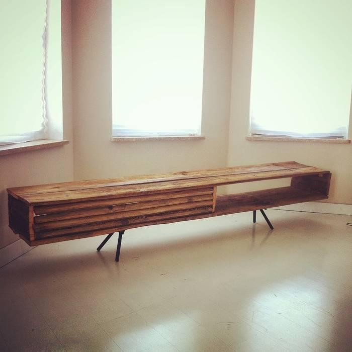 minimalist  by Wichaister, Minimalist