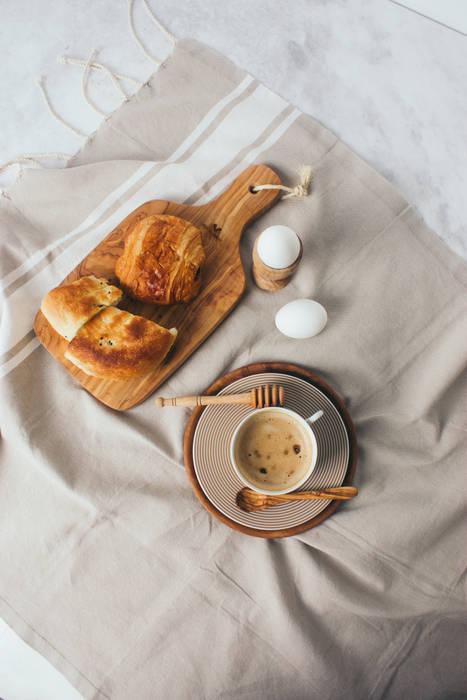 더야스미나 (THE YASMINA) KitchenCutlery, crockery & glassware Wood Wood effect