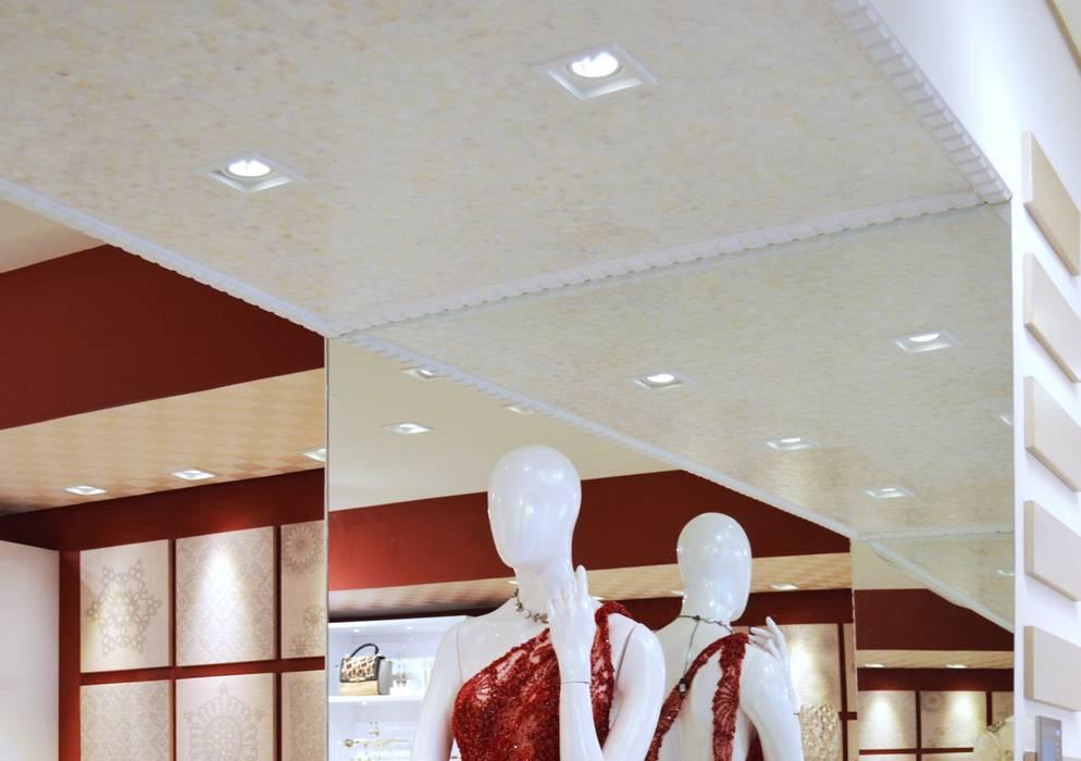 JOALHERIA DESIGN - CASA COR SP 2015 - BRASIL - Teto em Madrepérola Lojas & Imóveis comerciais modernos por Adriana Scartaris: Design e Interiores em São Paulo Moderno