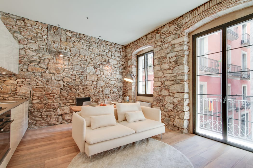 Lara Pujol | Interiorismo & Proyectos de diseño Phòng khách phong cách Địa Trung Hải