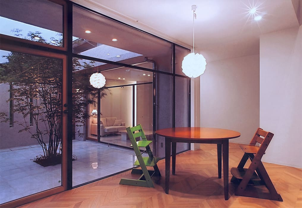 Scandinavian style dining room by アースワーク建築設計事務所 Scandinavian