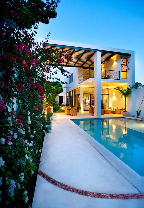 Casas estilo moderno: ideas, arquitectura e imágenes de Taller Estilo Arquitectura Moderno