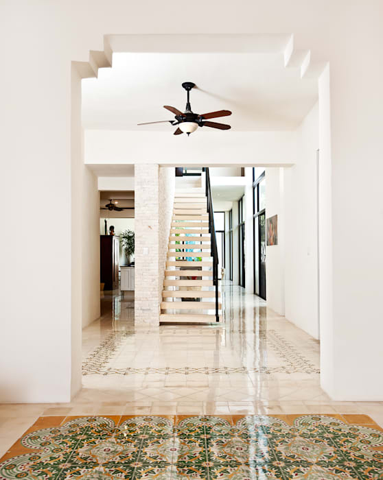 Casa CP78 Pasillos, vestíbulos y escaleras modernos de Taller Estilo Arquitectura Moderno