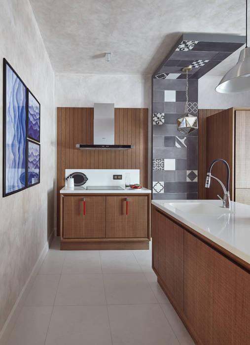 Кухня: Кухни в . Автор – LKinterior