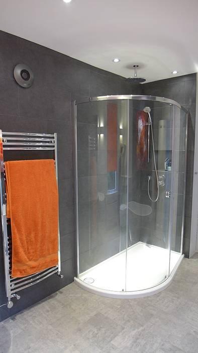 Badezimmer von Style Within, Modern