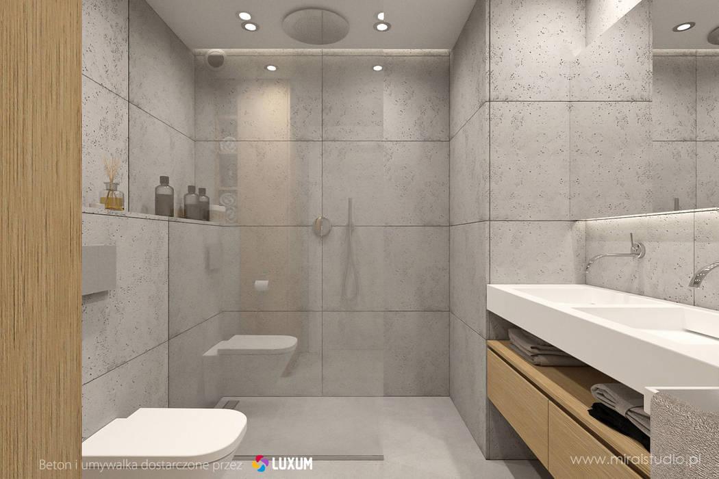 Beton architektoniczny w łazience Nowoczesna łazienka od Luxum Nowoczesny