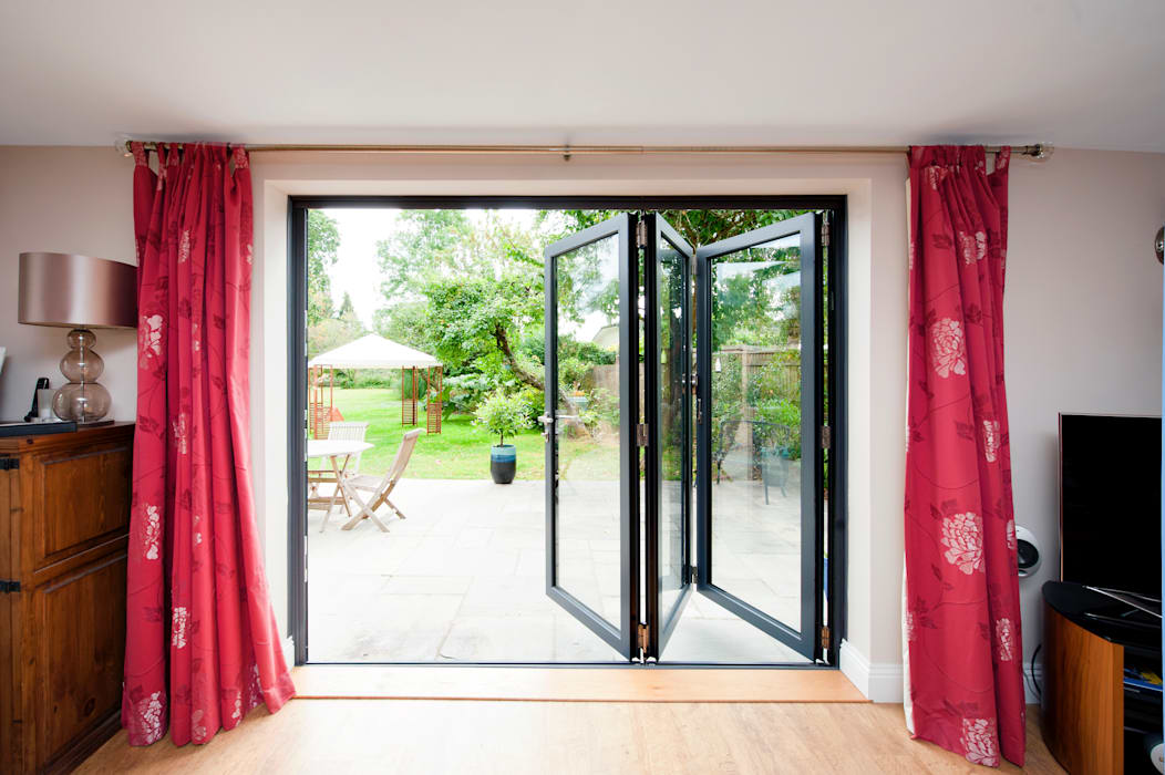 homify Modern Windows and Doors