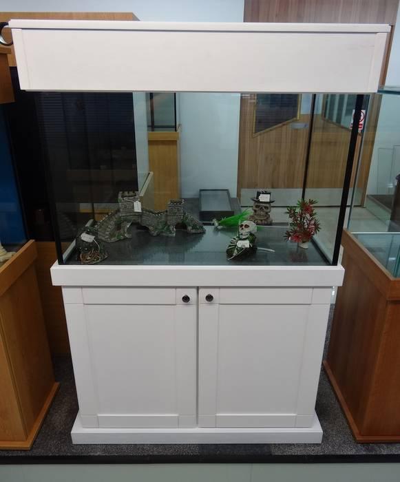 Shaker cabinet design by Prime Aquariums Ltd Classic