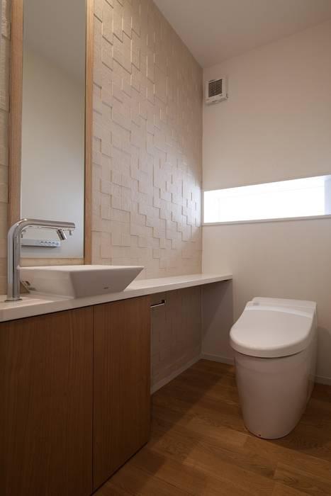 Salle de bain moderne par シーズ・アーキスタディオ建築設計室 Moderne