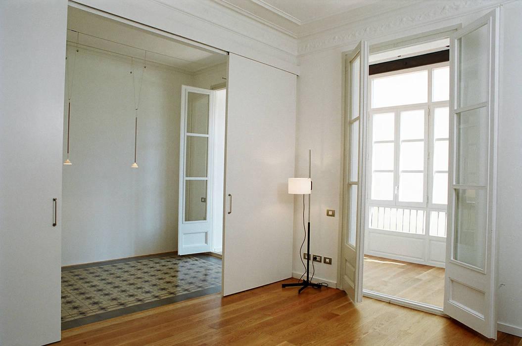 4+1 arquitectes Scandinavian style living room