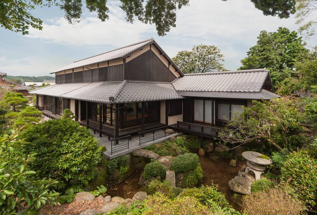 Asian style house by 環アソシエイツ・高岸設計室 Asian