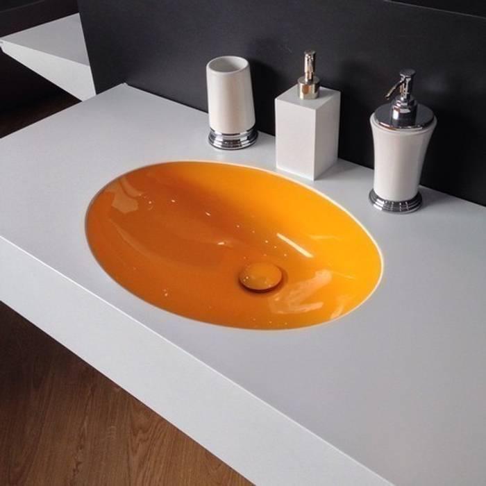 Owalna misa umywalki Nowoczesna łazienka od Luxum Nowoczesny