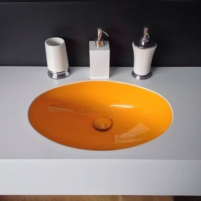 Kolor we wnętrzu misy: styl , w kategorii Łazienka zaprojektowany przez Luxum
