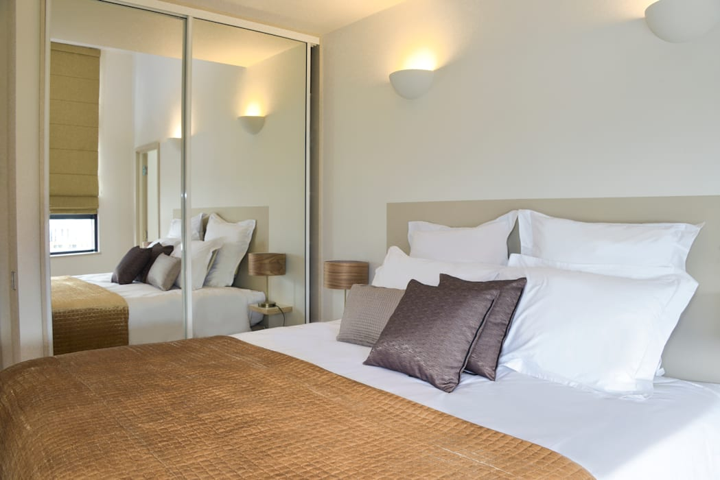 Bedroom Modern style bedroom by Cathy Phillips & Co Modern
