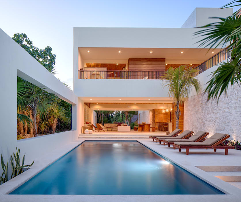 Casa Xixim Tropical style pool by Specht Architects Tropical