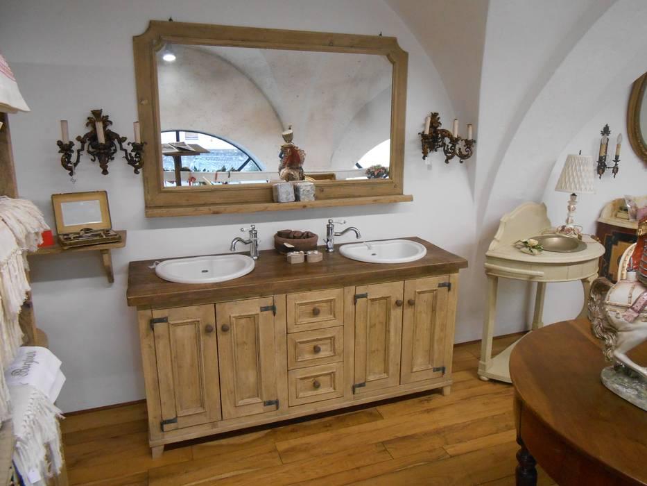 Mobili da bagno bagno in stile di porte del passato homify for Mobili del bagno