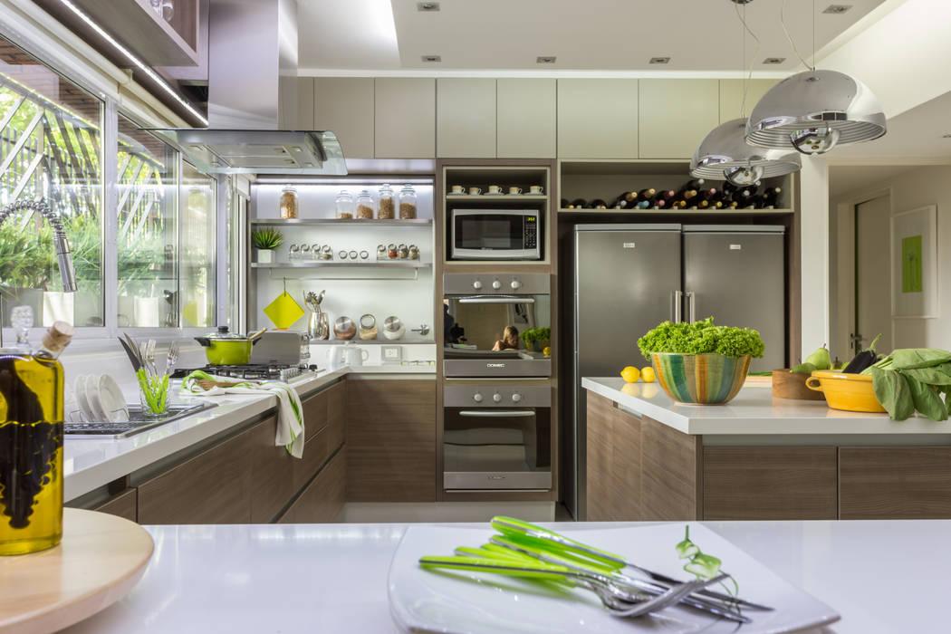 House in Belgrano Modern kitchen by GUTMAN+LEHRER ARQUITECTAS Modern