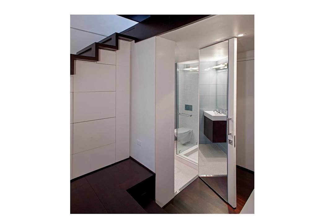 Manhattan Micro-Loft Modern bathroom by Specht Architects Modern