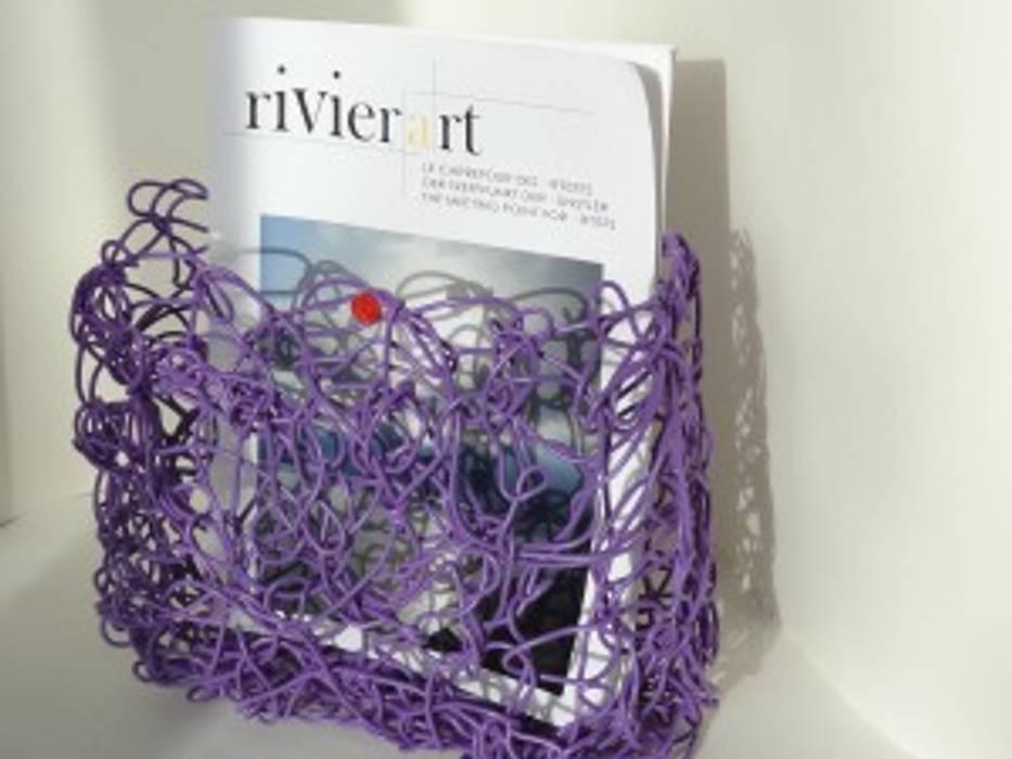 News rack by freigeist von freigeist-design Minimalistisch