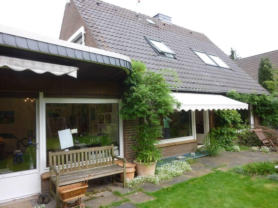 Gartenansicht vor dem Umbau: modern  von GRIESS-OSTEN ARCHITEKTUR,Modern