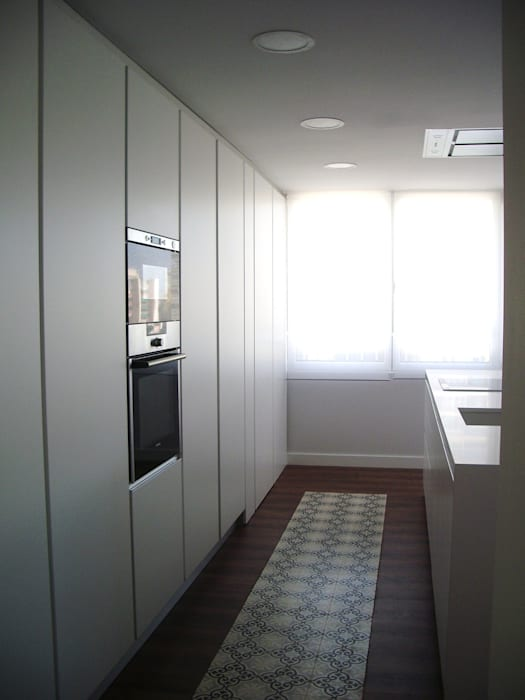VIVIENDA CHG mae arquitectura Cocinas de estilo moderno