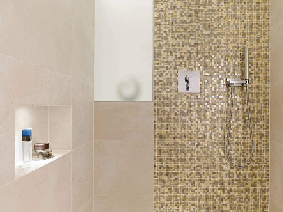Dusche Gritzmann Architekten Minimalistische Badezimmer Fliesen Beige